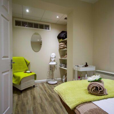 Modern Massage Room
