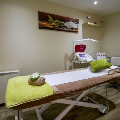 Modern Massage Table