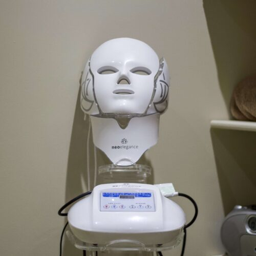 NeoElegance Face Mask
